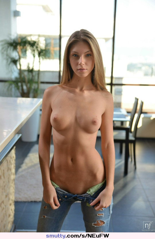 videos of vanessa cage and that world famous tight pussy