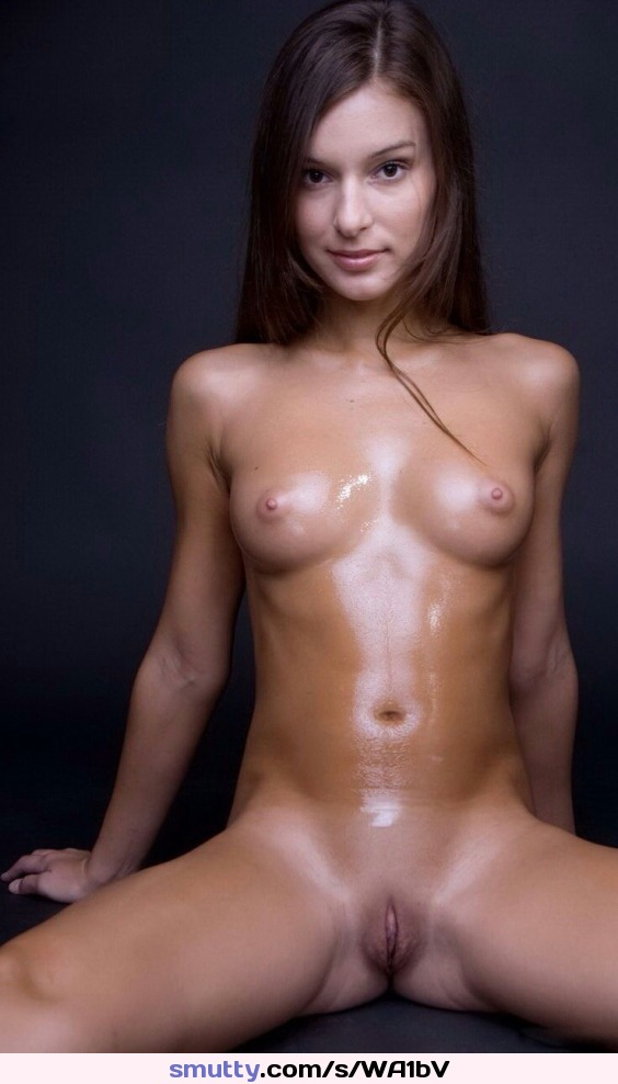 vanessa videl teaches the boys how to film #perfect #perfecttits #perfectbody #perfectpussy #fitbody #smalltits #beautifulgirl #fuckable #idtaptht