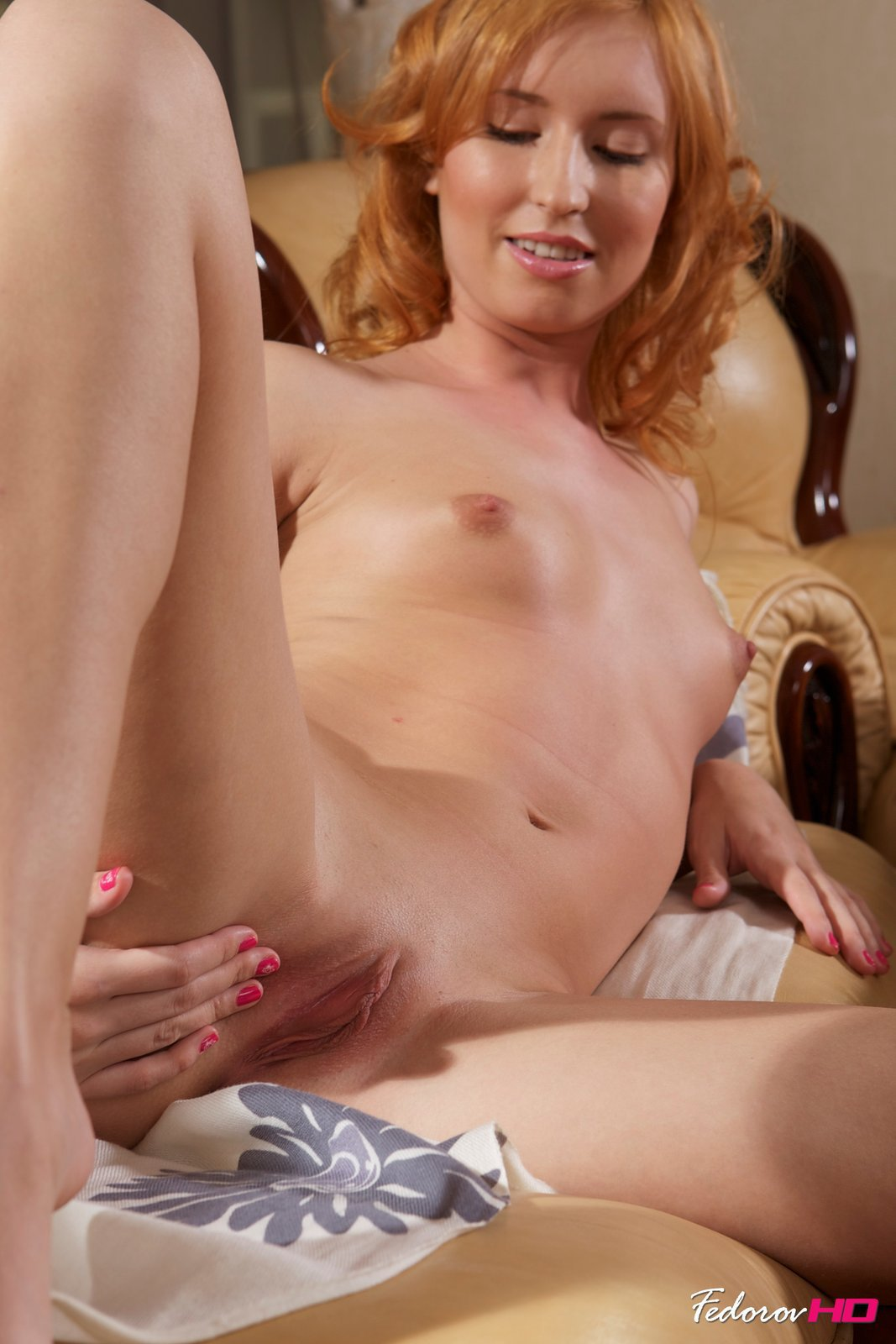 sweetheart passionate lesbian strap on sex mobile