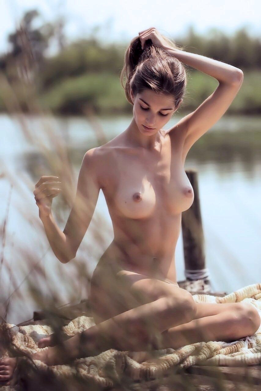 showing porn images for nikki kennedy porn #campling #fit #greatass #greatbody #muscular #nude #outdoors #sideboob #tattoo