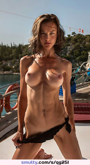 Topless. Outdoors Perfecttits Redhead Flatstomach Naturalbeauty Simplygorgeous