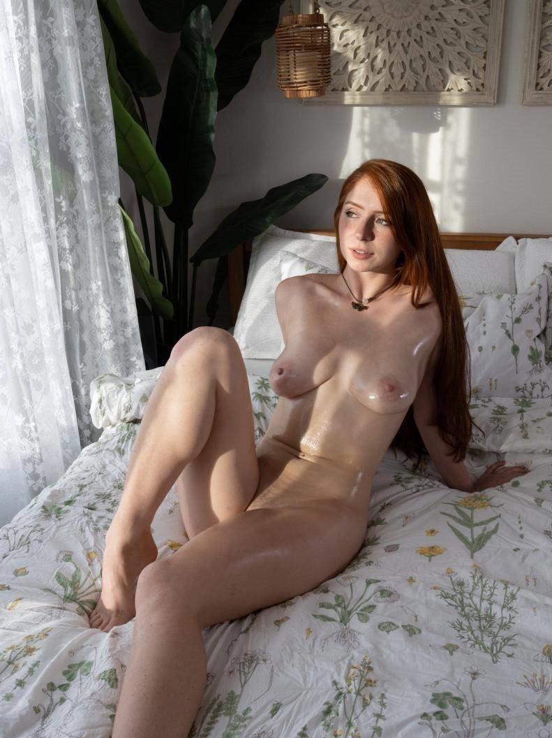 spin the bottle and go fuck sexy girl