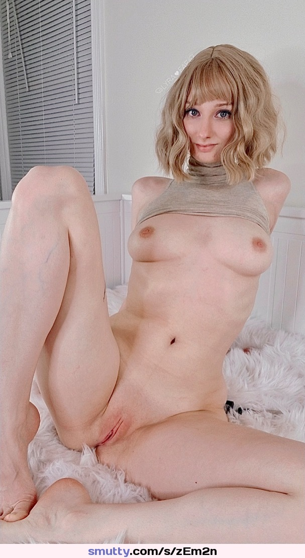 super sexy slut licks asshole really deep with her